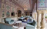 Yadavendra Singh bercerita awal mula ia mendapatkan ide untuk mengubah istana keluarganya menjadi hotel setelah ia dan anak-anaknya menghabiskan akhir pekan dan liburan di sana. Kemudian pada tahun 1980-an, ia dan saudaranya, Raghavendra terinspirasi untuk membangun hotel yang dapat menampung lebih dari 80 tamu. (Foto: www.samode.com)