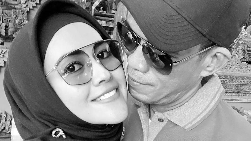 Usai Pamer Foto Suami Baru, Meggy Wulandari Nyantai di Bali
