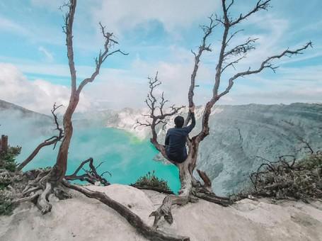 Pria Ini Nekat Keliling Indonesia dengan Bekal Pas-pasan