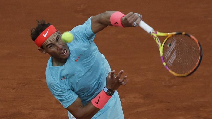 Spains Rafael Nadal serves against Egor Gerasimov of Belarus in the first round match of the French Open tennis tournament at the Roland Garros stadium in Paris, France, Monday, Sept. 28, 2020. (AP Photo/Alessandra Tarantino)