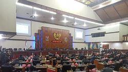 Rapat Paripurna Hak Interpelasi, DPRA Tolak Jawaban Plt Gubernur Aceh