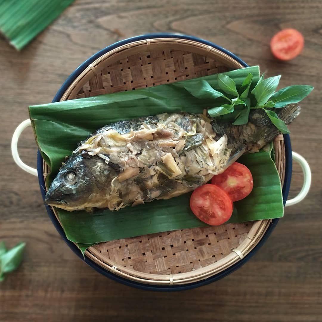 5 Tempat Makan Pepes Ikan dan Tahu Berbumbu Tebal