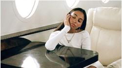 Selebgram Ketahuan Pura-pura Naik Pesawat Pribadi, Ternyata Cuma Studio Foto