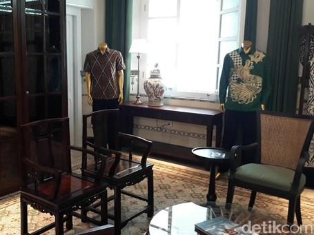 Foto: Rumah Kelelawar Disulap Jadi Galeri Batik