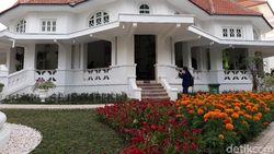 Wisata Omah Lowo Belanda Kuno yang Disulap Jadi Galeri Batik