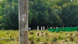 Terima Pemakaman Berprotokol COVID-19, Warga Jember Gali Lagi Makam yang Diuruk