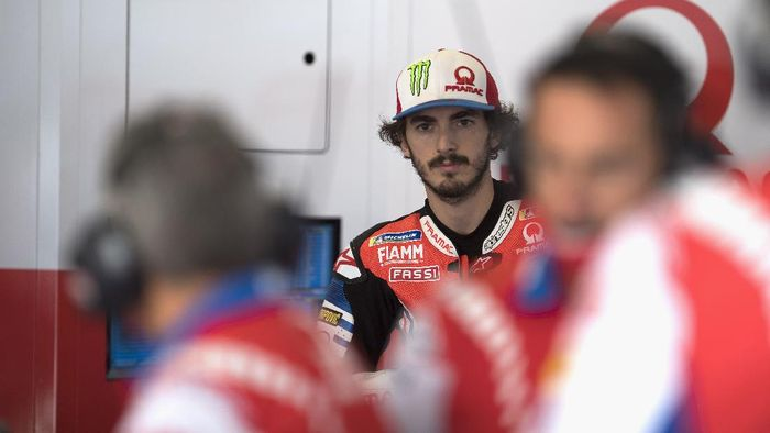 BARCELONA, SPAIN - SEPTEMBER 25:  Francesco Bagnaia of Italy and Pramac Racing  looks on in box during the free practice of the MotoGP of Catalunya at Circuit de Barcelona-Catalunya on September 25, 2020 in Barcelona, Spain. (Photo by Mirco Lazzari gp/Getty Images)