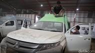 Mengintip Foto Perakitan Ambulans di Bekasi