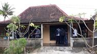 Densus 88 Geledah Rumah Penjual Pakaian di Gunungkidul