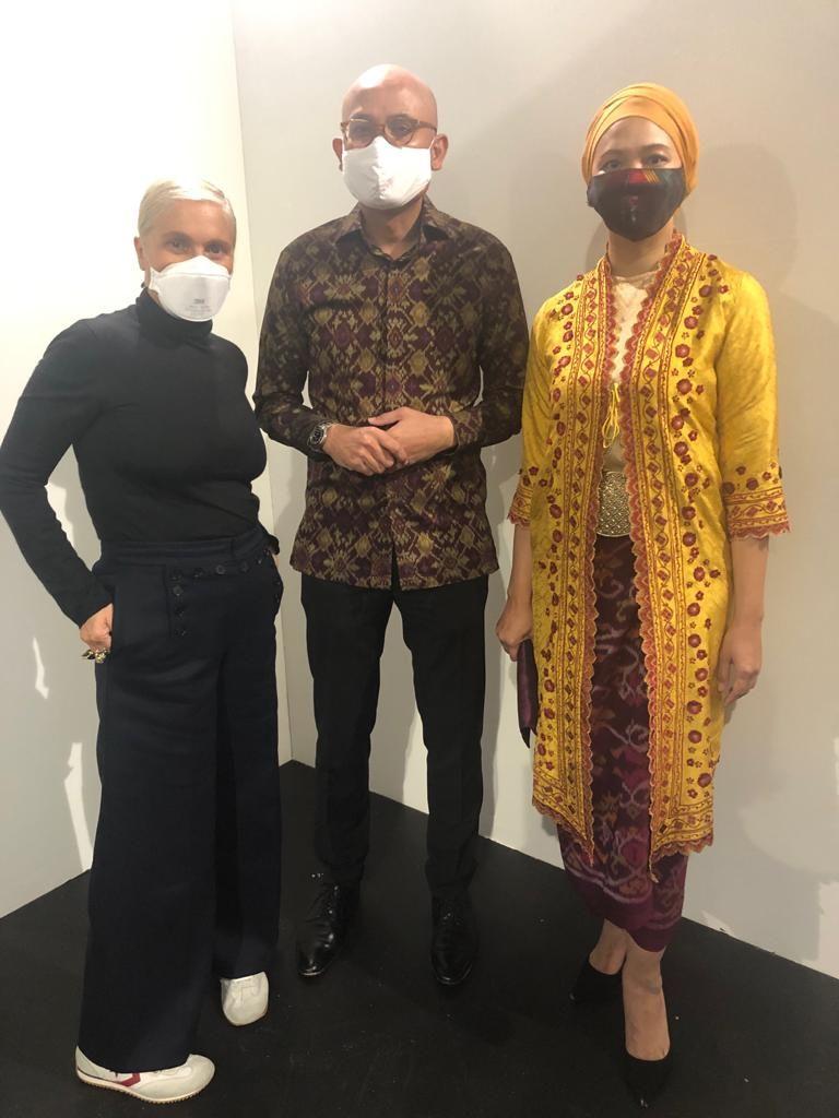 Dior Pakai Kain Endek Bali di Koleksi Spring/Summer 2021