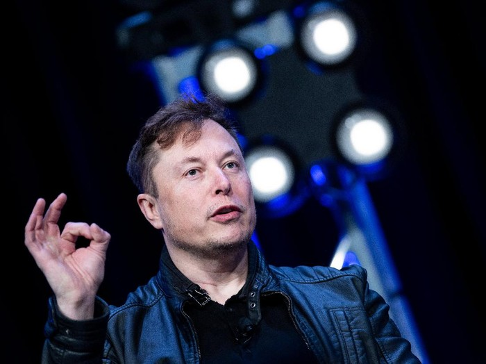 Elon Musk, founder of SpaceX, speaks during the Satellite 2020 at the Washington Convention CenterMarch 9, 2020, in Washington, DC. (Photo by Brendan Smialowski / AFP)