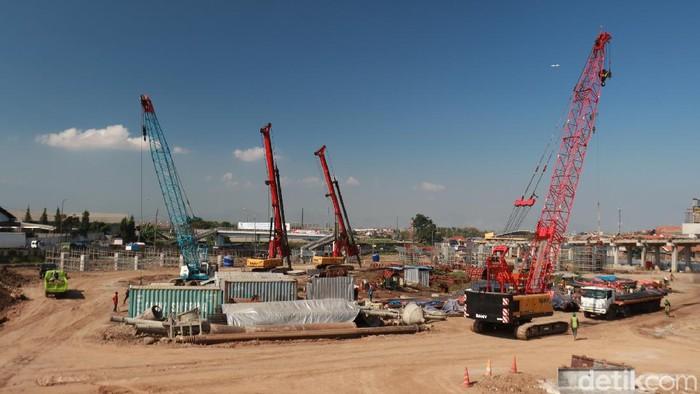 Pembebasan lahan Pasar Sehat Cileunyi, Kabupaten Bandung menjadi penghambat pembangunan Tol Cisundawu di kawasan Cileunyi. Ini foto-foto terkininya.