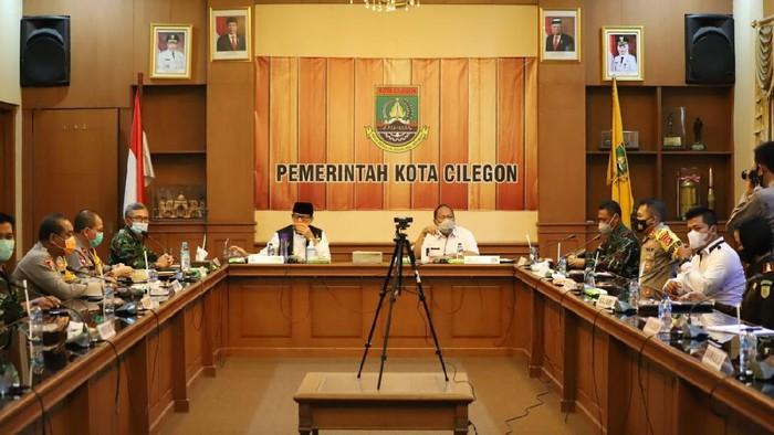 Gubernur Banten Wahidin saat Rapat Koordinasi Pilkada Serentak 2020 di Cilegon. (Foto: M Iqbal/detikcom)
