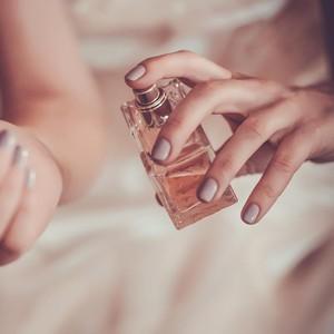 Wanita Ciptakan Parfum Aroma Surga, Terbuat Dari Bau Tubuh Orang Meninggal