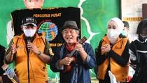 Bantu Korban Banjir Sukabumi, Ketua MPR: Anak-anak Tumpuan Masa Depan