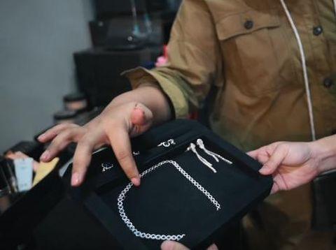 Perhiasan Syahnaz Sadiqah