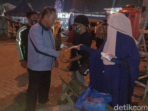 Suasana nobar film G30S/PKI di Medan dipadati warga (Ahmad Arfah/detikcom)