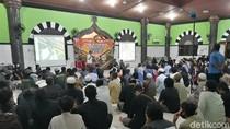 Nobar Film G30S/PKI Digelar di Masjid Mujahidin Banjarsari Solo