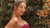 Kecantikan April Ivy, WAGs Baru di Liga Inggris