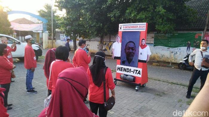 Calon Wali Kota petahana Semarang, Hendrar Prihadi, mulai berkampanye menyapa warga secara virtual, Kamis (1/10/2020).