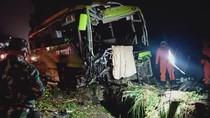 Potret Kecelakaan Maut 6 Kendaraan di Wonosobo yang Tewaskan 3 Orang