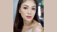 7 Potret Cantik Istri Para Chef Indonesia, Pesonanya Bikin Kamu Jatuh Hati