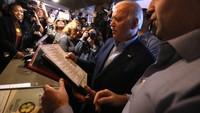 Joe Biden dan Diplomasi Mie hingga Pizza Dirinya Saat ke Luar Negeri