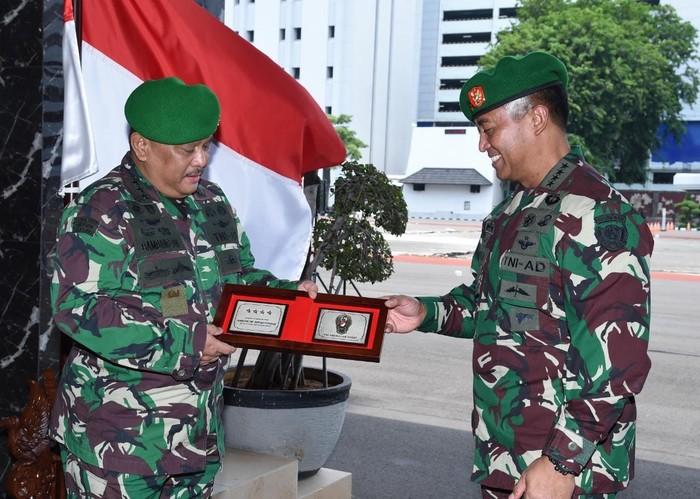 KSAD Pimpin Penyerahan Jabatan Kepala RSPAD-Laporan Kenaikan Pangkat 9 Pati (Dok TNI AD)