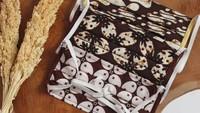 Persiapan Hari Batik Nasional, Ini Rekomendasi Masker Batik yang Cantik