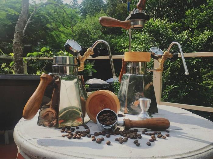 Mesin Espresso Tanpa Listrik