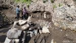 Penampakan Bebatuan yang Diduga Candi di Lereng Merbabu-Merapi