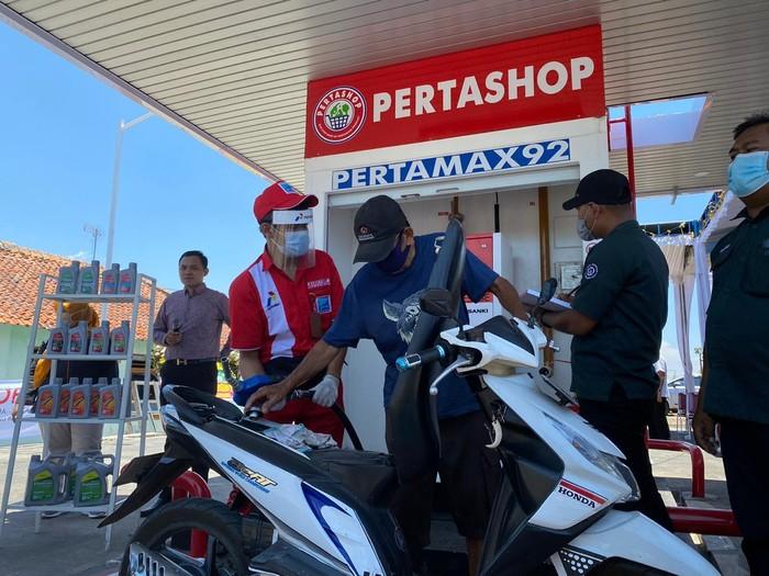 Pertamina Marketing Operation Region IIIresmikan Pertashop di Desa Jatitujuh, Kecamatan Jatitujuh, Kabupaten Majalengka.