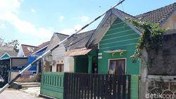 Densus 88 Geledah Rumah Kontrakan Terduga Teroris di Sleman