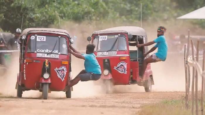 Red Bull gelar balap rally untuk Bajaj