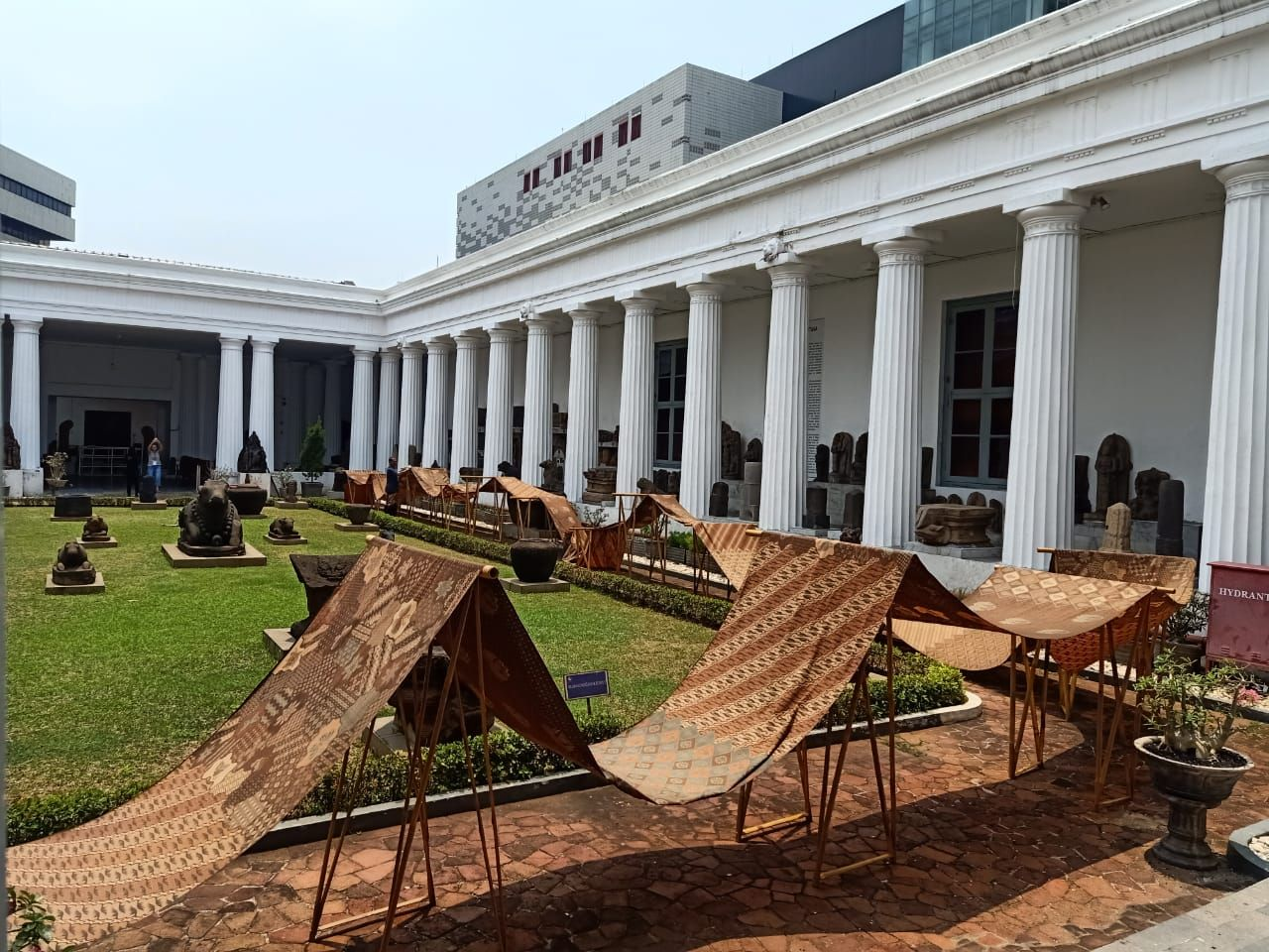 Kain Batik Garuda Nusantara