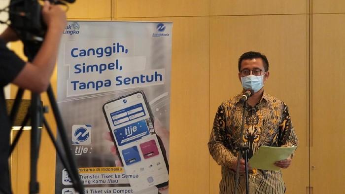 Direktur Pelayanan dan Pengembangan PT Transportasi Jakarta, Achmad Izzul Waro (Foto: dok. TransJakarta)
