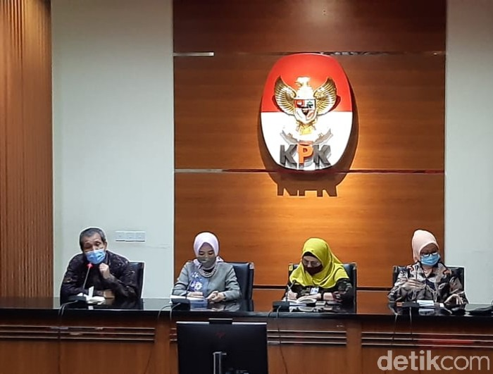 Direktur Utama PT Pertamina, Nicke Widyawati, menemui pimpinan KPK (Farih Maulana Sidik).