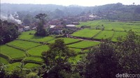 Dian Septo Pramono, General Manager Anugrah Hotel, mengatakan memperkenalkan Desa Parungseah sebagai objek wisata agro merupakan upaya pihaknya untuk memberi nilai tambah pada lingkungan sekitar yang turut berkontribusi dan mendukung kemajuan Pariwisata kota maupun Kabupaten Sukabumi berbasis desa wisata.