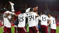 Arsenal di Anfield: Senin Jadi Pecundang, Kini Pemenang
