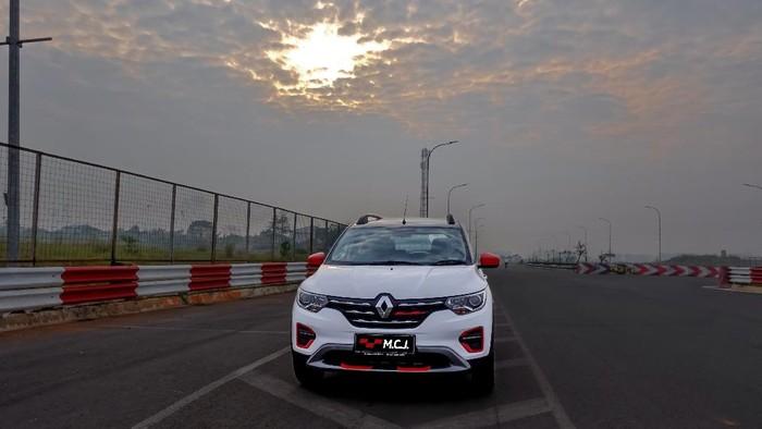 Renault Triber M.C.J