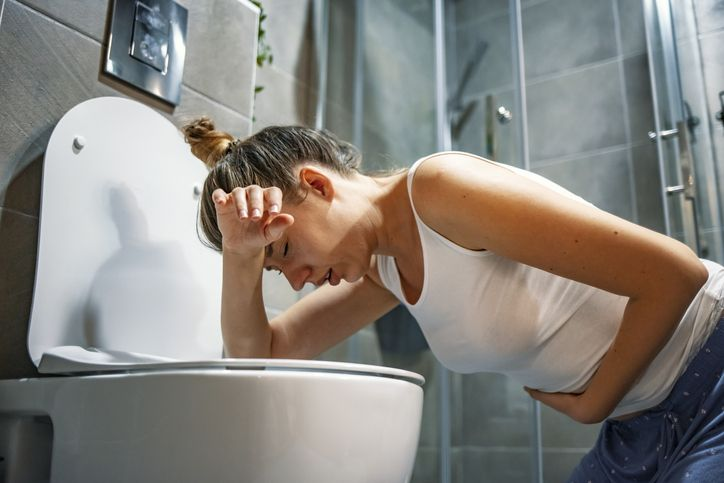 Wanita 40 Tahun Ini Tewas Usai Makan Lumpia yang Disimpan 3 Hari