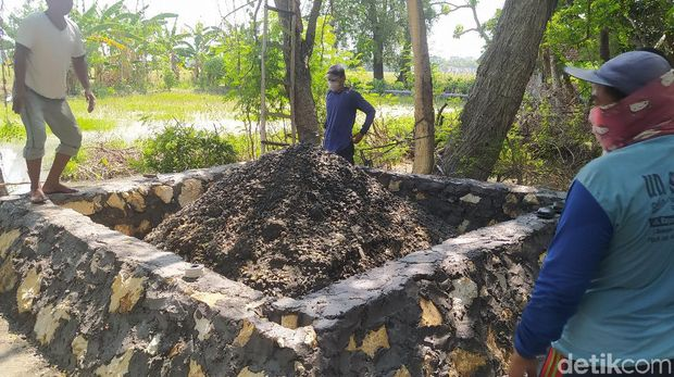 Lokasi pengeboran sumur di dekat lokasi Api Abadi Mrapen, Grobogan, Sabtu (3/10/2020).
