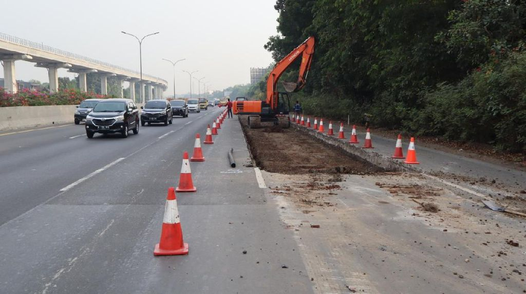 Perbaikan Jalan di Tol Jagorawi, Lalu Lintas Arah Cibubur Macet 4 Km