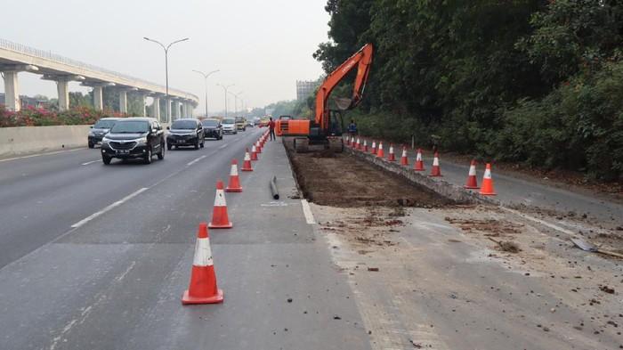 Perbaikan jalan di ruas Tol Jagorawi