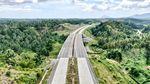 Indah! Tol Pertama Sulawesi Utara Meliuk di Antara Bukit