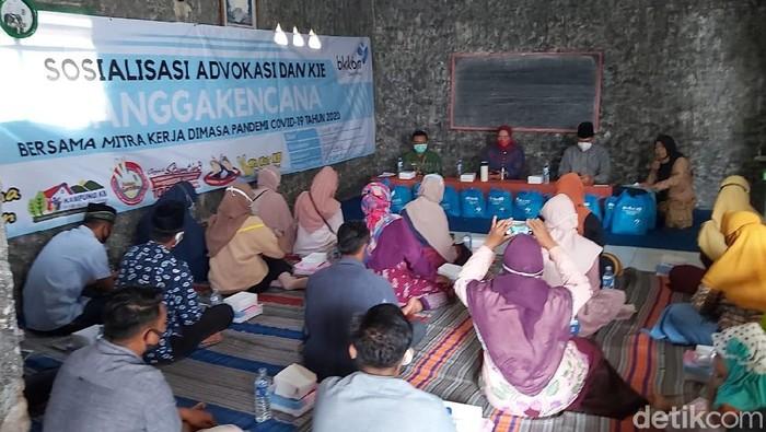 BKKBN Gelar Sosilisasi Advokasi dan KIE Untuk Emak-emak di Banyuwangi
