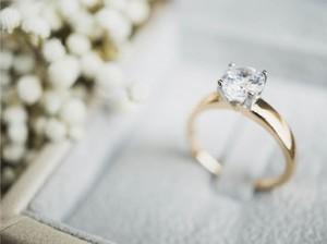 Cincin Berlian untuk Nikah & Tunangan, Ini Tips Memilihnya
