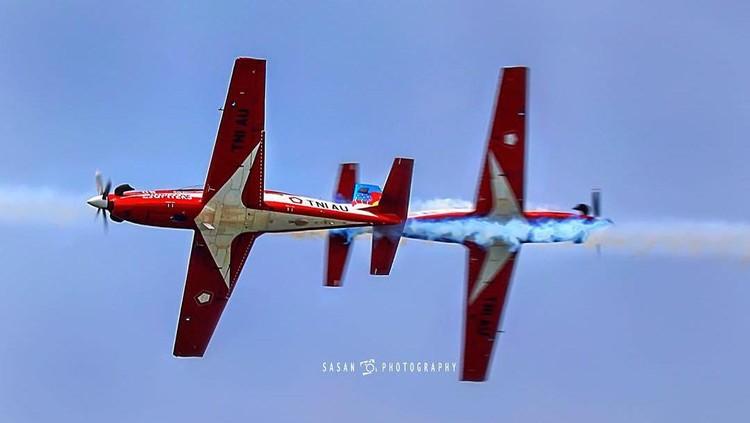 Foto Aksi Pesawat Tempur Karya Sandriani Permani