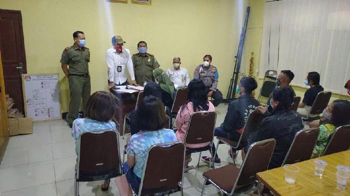 Satpol PP amankan 11 pasangan muda-mudi di sebuah hotel di Kota Tangerang