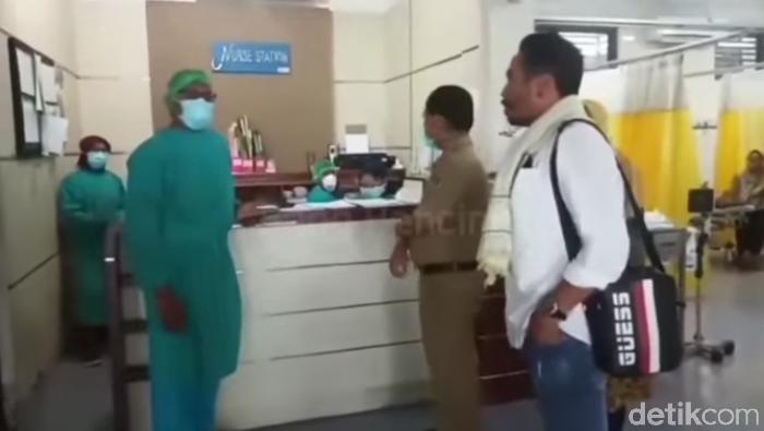 Video Oknum LSM Jemput Paksa Jenazah Pasien Reaktif di RSUD Banyuwangi Viral